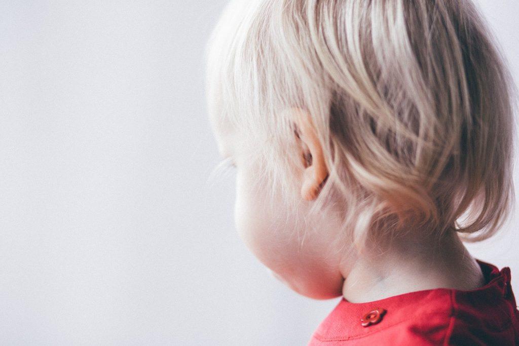 Síntomas de la mastoiditis en niños