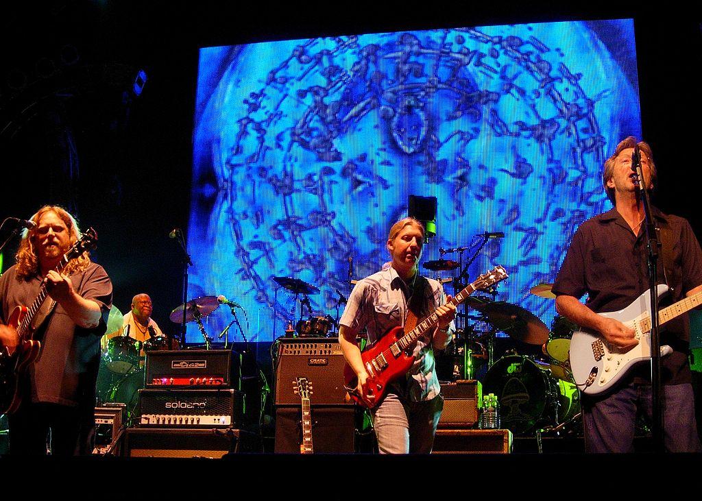 Eric Clapton sufre problemas auditivos debido a sus conciertos